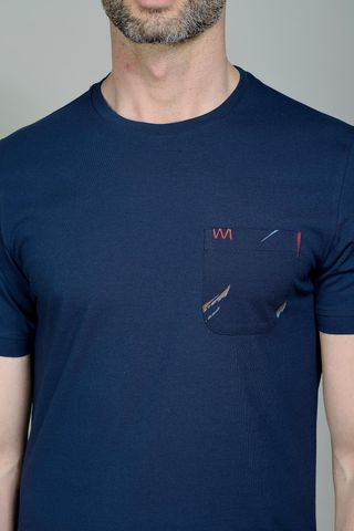 navy t-shirt with fancy pocket Angelico