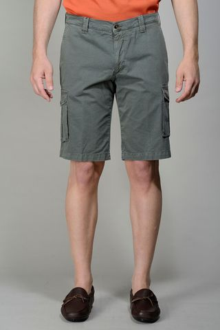 Green Bermuda shorts side pockets Angelico