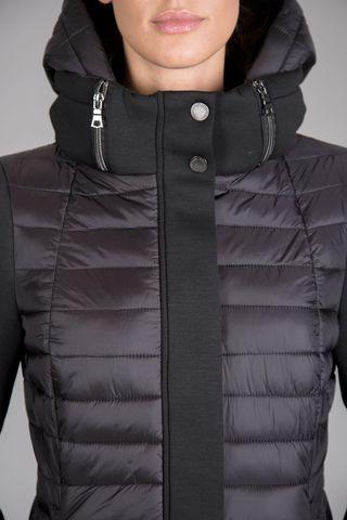 giaccone lungo nero con cappuccio Angelico