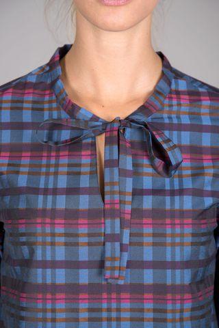 camicia blu scozzese con fiocco Angelico