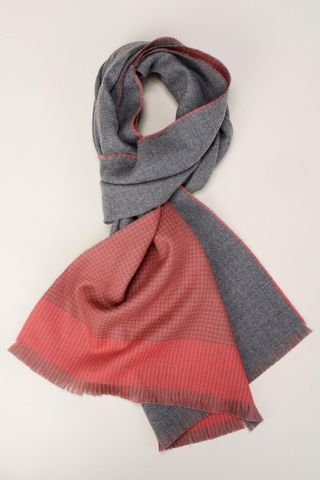 coral piedpule scarf with grey side Angelico