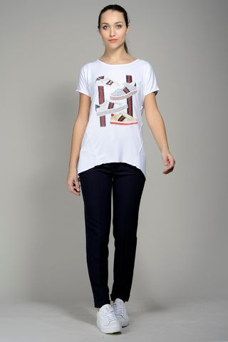 white t-shirt shoes print blue-red strasse Angelico