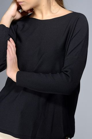 black wide neck blouse 3/4 Angelico