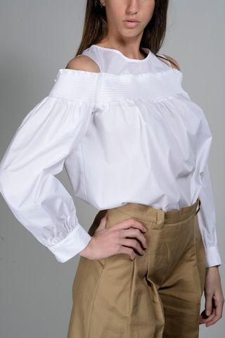 camicia bianca spalle scoperte Angelico
