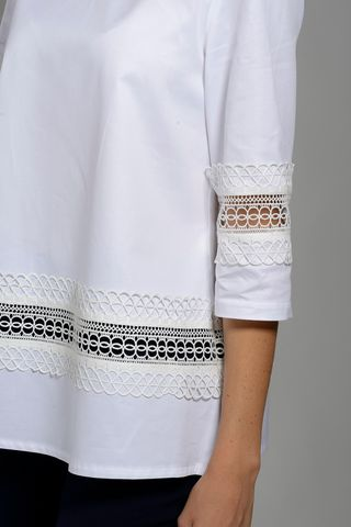 white crew-neck shirt with lace 3/4 Angelico