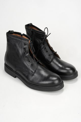 black leather ankle boot Angelico