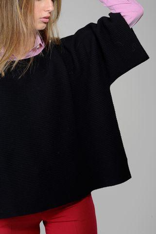 maglia nera ampia barchetta merino Angelico