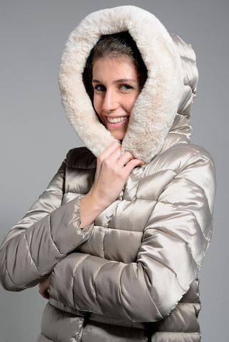 medium turtledove eco-down jacket with fur hood Angelico