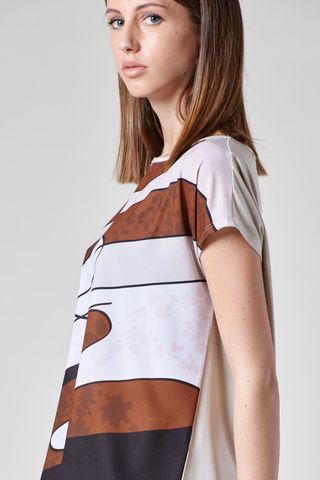 beige t-shirt with abstract brown motifs Angelico
