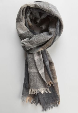 grey-beige scarf with checkered pattern Angelico