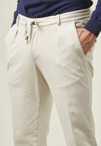 Pantalone gesso coulisse e fondo elastico Angelico
